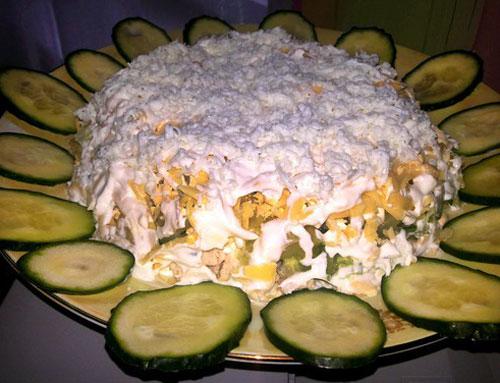 salat-s-kuricej-ananasom-ogurcom-oblachko-3