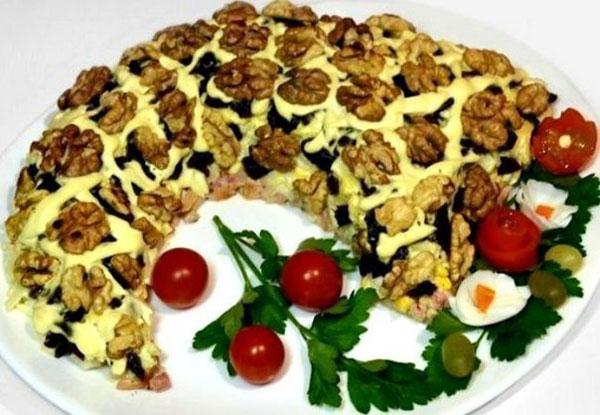 salat-rog-izobiliya-vse-recepty-salata-v-bline-4