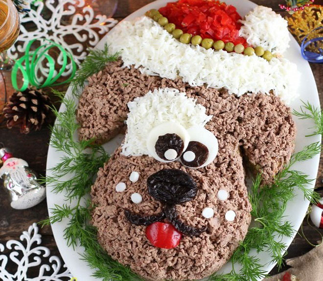 Салат Собачка Дед Мороз из печени