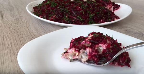 salat-norvezhskij-kapriz-ili-seld-pod-shuboj-po-novomu-2